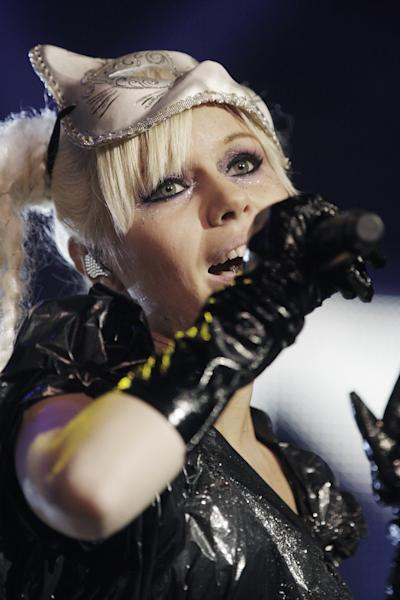 Estonian singer Kerli performs during the EuroSonic Noorderslag-festival in Groningen, the Netherlands, on January 14, 2010 (AFP Photo/Rick Nederstigt)