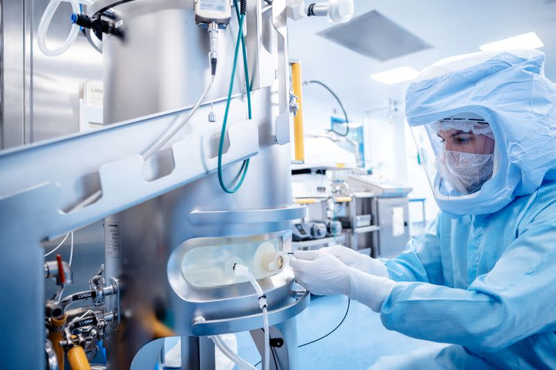 FILE PHOTO: Production of Pfizer-BionTech COVID-19 vaccine in Marburg