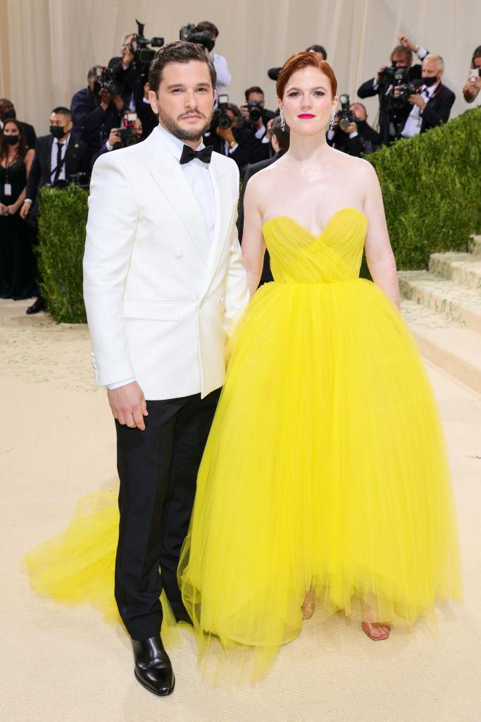 Kit Harington and Rose Leslie add a pop of colour as they make their Met Gala debut. (Getty Images)