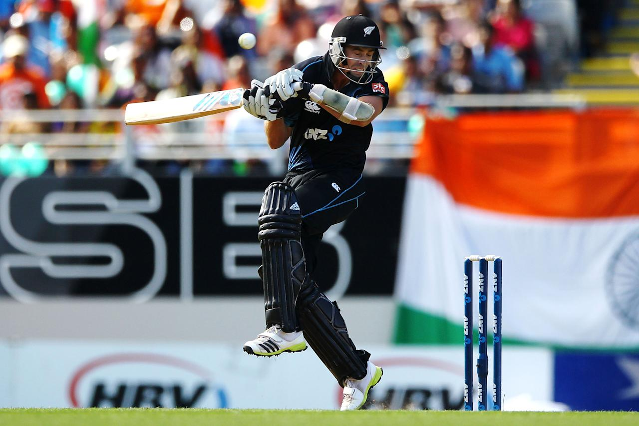 AUCKLAND, NEW ZEALAND - JANUARY 25: Tim Southee of New Zealand bats during the One Day International match between New Zealand and India at Eden Park on January 25, 2014 in Auckland, New Zealand.  (Photo by Anthony Au-Yeung/Getty Images)