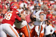 Cleveland Browns quarterback Baker Mayfield drops back to pass during the first half of an NFL football game against the Kansas City Chiefs Sunday, Sept. 12, 2021, in Kansas City, Mo. (AP Photo/Ed Zurga)