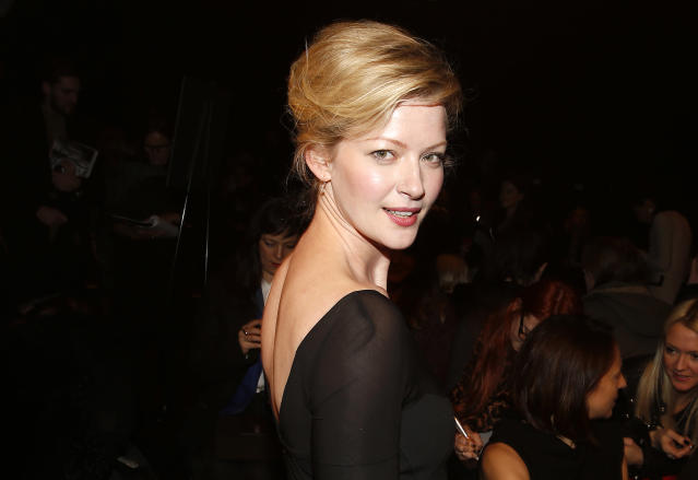 Actress Gretchen Mol arrives before the Donna Karan Autumn/Winter 2013 collection during New York Fashion Week in New York, February 11, 2013. REUTERS/Carlo Allegri (UNITED STATES - Tags: FASHION ENTERTAINMENT) - RTR3DNQA