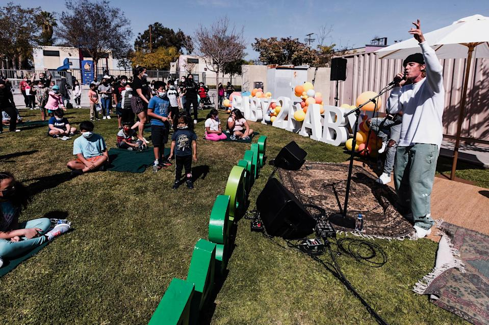 <p>Justin Bieber performed for children at Baby2Baby's Return2Campus Celebration in Los Angeles which hosted students who are headed back to school after a year of the COVID pandemic.</p>