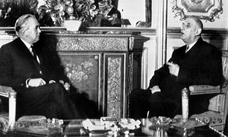 France's President Charles de Gaulle, pictured with Harold Wilson in 1967, vetoed Britain's efforts to join the EEC.