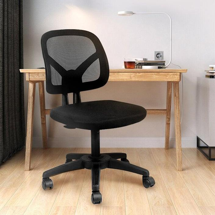 """<h2>Inbox Zero Task Chair</h2><br>We present to you a perfect and classic ergonomic task chair fit for a working queen.<br><br><strong>The Hype</strong>: 5 out of 5 stars and 27 reviews<br><br><strong>WFH Pros Say</strong>: """"Perfect office chair without armrest for my tidy area. The seat is very comfortable to sit on during my entire working hours while working from home during this pandemic time. The wheels are smooth and easy to swivel. The instructions are easy to follow and the assemble takes less than half an hour. The chair is easy to store under my desk and space saves.""""<br><br><em>Shop</em> <a href=""""https://www.wayfair.com/brand/bnd/inbox-zero-b55652.html"""" rel=""""nofollow noopener"""" target=""""_blank"""" data-ylk=""""slk:Inbox Zero"""" class=""""link rapid-noclick-resp""""><strong><em>Inbox Zero</em></strong></a><br><br><strong>Inbox Zero</strong> Task Chair, $, available at <a href=""""https://go.skimresources.com/?id=30283X879131&url=https%3A%2F%2Fwww.wayfair.com%2Ffurniture%2Fpdp%2Finbox-zero-task-chair-w004168344.html"""" rel=""""nofollow noopener"""" target=""""_blank"""" data-ylk=""""slk:Wayfair"""" class=""""link rapid-noclick-resp"""">Wayfair</a>"""