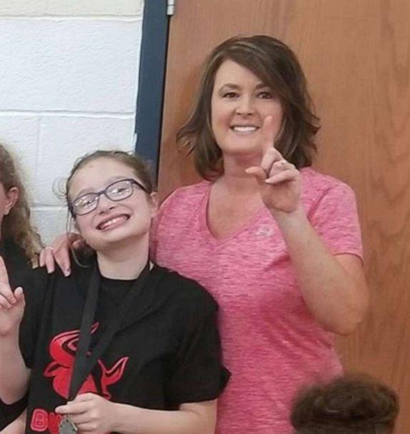 PHOTO: Gracie Brown, 10, is seen in an undated photo with her mom, Lisa Brown, of Clinton, Tennessee. (Alicia Renee Phillips)