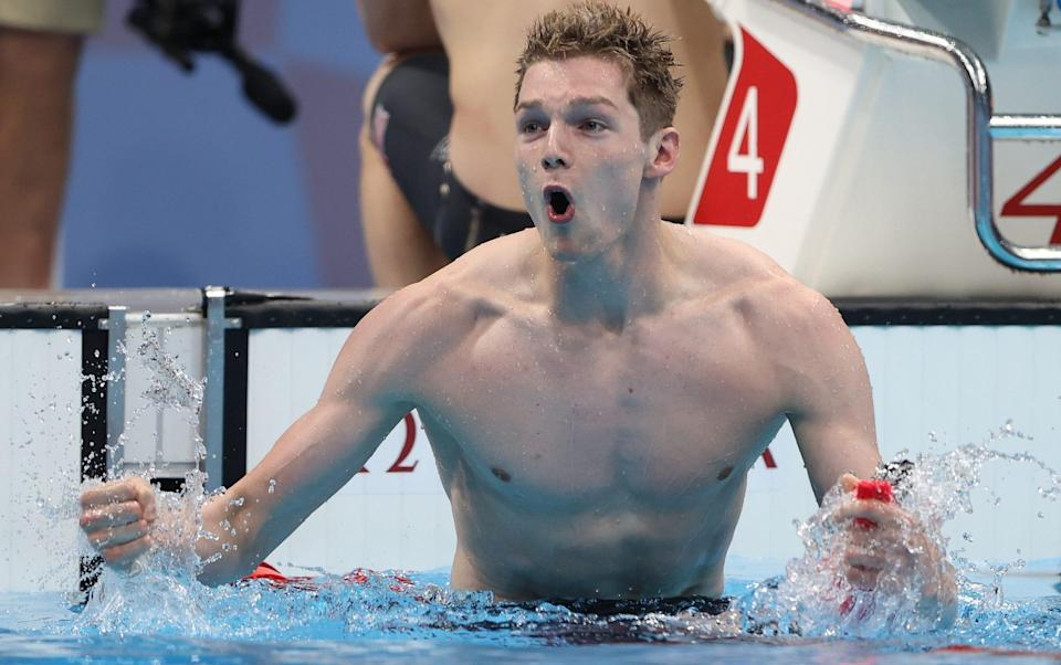 Duncan Scott celebrates after anchoring Great Britain to victory - GETTY IMAGES