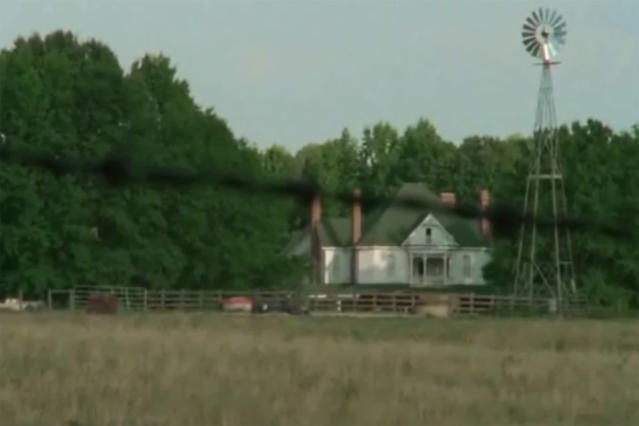 <p>This is private property, so you won't really be able to gawk at the house where Rick and company met up with Hershel, Maggie, and Beth in Season 2. <br>Address: 3483 GA-74 Senoia, GA 30276<br>(Photo: AMC) </p>