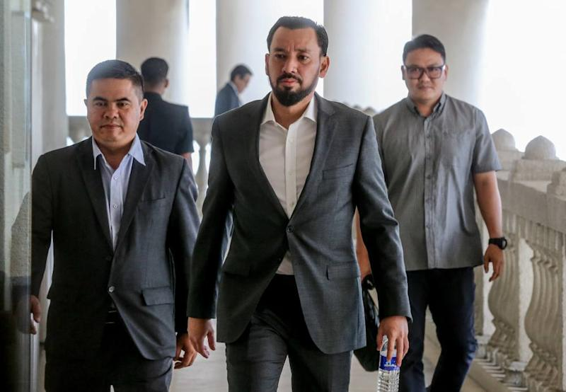 Former special officer to Datuk Seri Najib Razak, Datuk Amhari Efendi Nazaruddin is pictured at the Kuala Lumpur High Court Complex, September 17, 2019. ― Picture by Firdaus Latif
