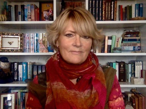 When the first draft of GoT landed, Johnson had been put in charge of HarperCollins' sci-fi inprint (Jane Johnson)