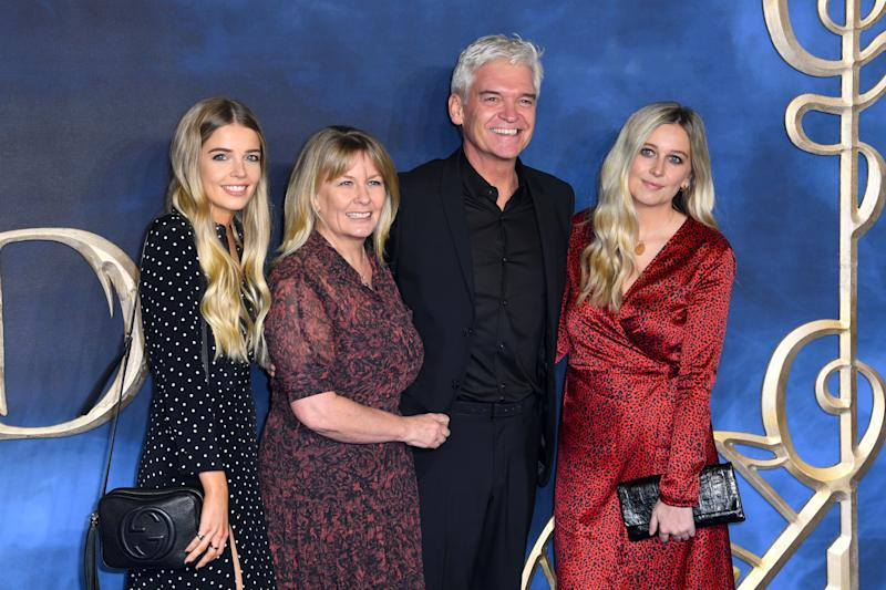 Phillip Schofield with Wife Stephanie Lowe and daughters Ruby Lowe and Mollie Lowe attending the Fantastic Beasts: The Crimes of Grindelwald UK premiere held at Leicester Square, London. Photo credit should read: Doug Peters/EMPICS