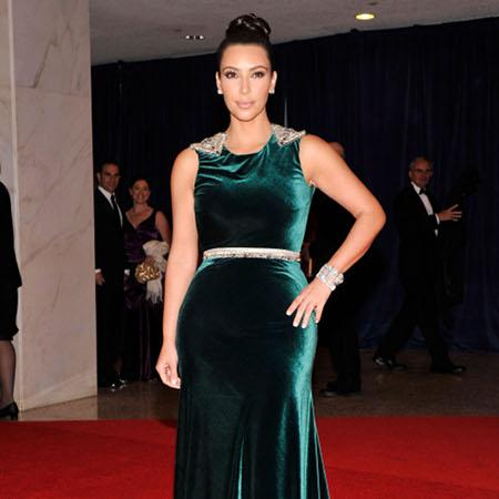 Kim Kardashian: Sisters encourage confidence