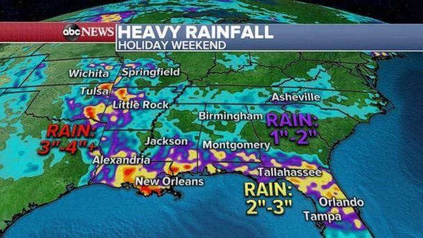 PHOTO: The biggest threat in the South will be heavy rain that could produce flash flooding, where some areas could see more than 4 inches of rain. (ABC News)