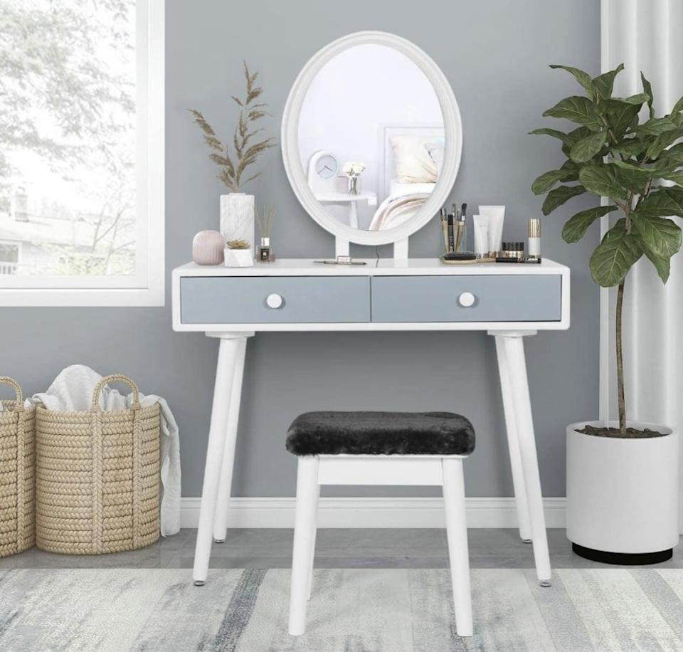 <p>If you live in a small space, this <span>Sthouyn Vanity Desk Set</span> ($148) is compact and minimal so it will seamlessly blend in. </p>