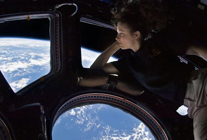 """<span class=""""caption"""">Astronaut Tracy Caldwell Dyson on the International Space Station with a view many more are likely to see soon. </span> <span class=""""attribution""""><a class=""""link rapid-noclick-resp"""" href=""""https://commons.wikimedia.org/wiki/File:Tracy_Caldwell_Dyson_in_Cupola_ISS.jpg#/media/File:Tracy_Caldwell_Dyson_in_Cupola_ISS.jpg"""" rel=""""nofollow noopener"""" target=""""_blank"""" data-ylk=""""slk:NASA/Tracy Caldwell Dyson/WIkimediaCommons"""">NASA/Tracy Caldwell Dyson/WIkimediaCommons</a></span>"""