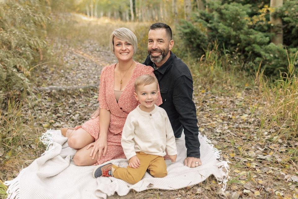 Todd Wahl is seen with his wife, Jessica, and their three-year-old son. Source: GoFundMe