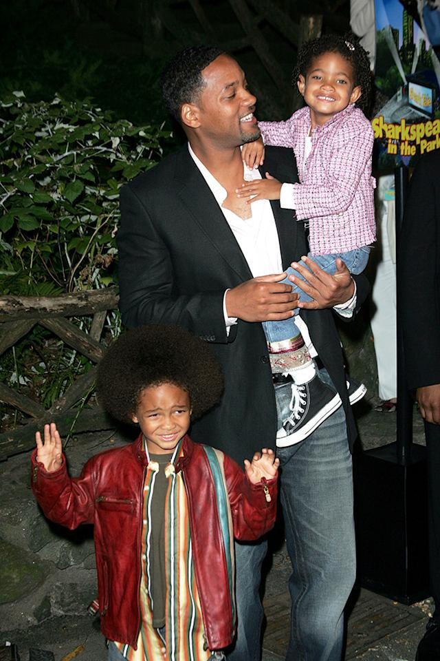 Will who? All eyes were on 3-year-old Willow (and maybe brother Jaden's groovy 'do) at the premiere of her dad's movie, 'Shark Tale.' (Getty Images)