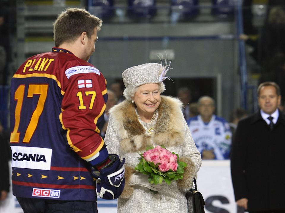queen elizabeth hockey