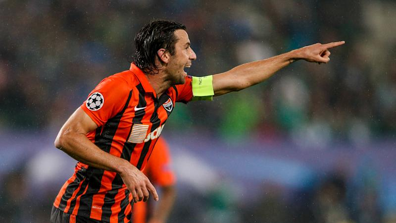 My heart is with Shakhtar - Srna extends contract to end Barcelona links