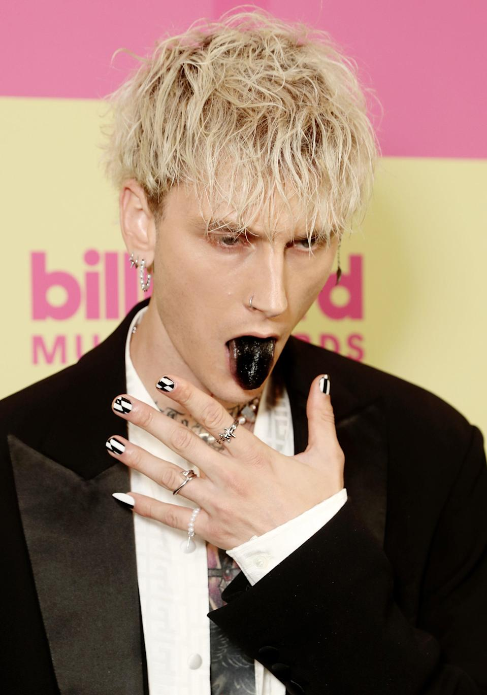 """<h1 class=""""title"""">2021 Billboard Music Awards - Arrivals</h1><cite class=""""credit"""">Getty Images</cite>"""