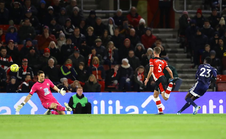 SOUTHAMPTON, ENGLAND - NOVEMBER 30:  Ismaila Sarr of Watford  scores his team's first goal during the Premier League match between Southampton FC and Watford FC at St Mary's Stadium on November 30, 2019 in Southampton, United Kingdom. (Photo by Richard Heathcote/Getty Images)