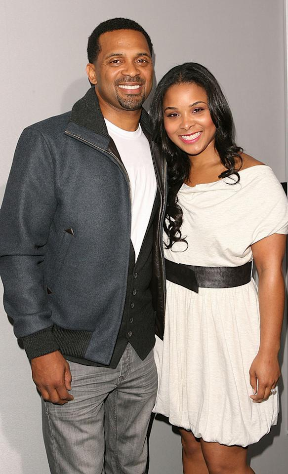 "<a href=""http://movies.yahoo.com/movie/contributor/1800353629"">Mike Epps</a> and guest attend the Los Angeles premiere of <a href=""http://movies.yahoo.com/movie/1810150340/info"">Source Code</a> on March 28, 2011."