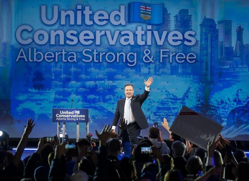 Kenney's premiership poses challenges, opportunity for Trudeau, Scheer