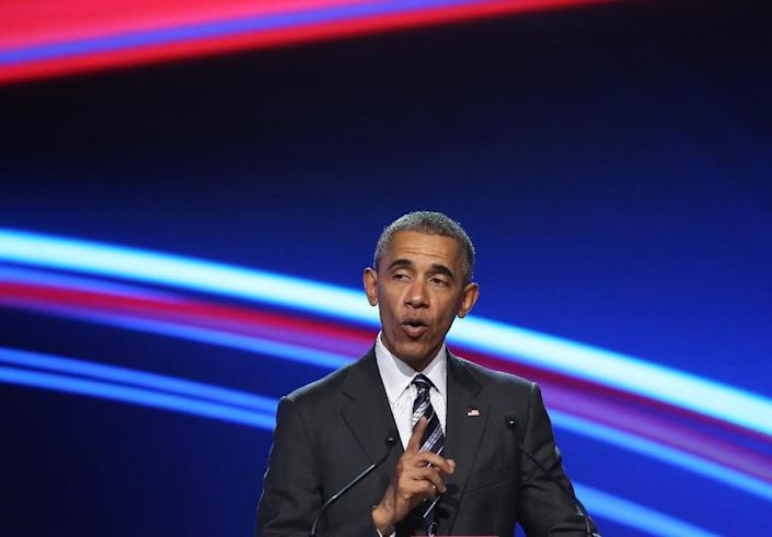 US President Barack Obama speaks during the official opening ceremony of the Hanover industry Fair at the Hannover Congress Center HCC in Hanover, on April 24, 2016 (AFP Photo/Ronny Hartmann)