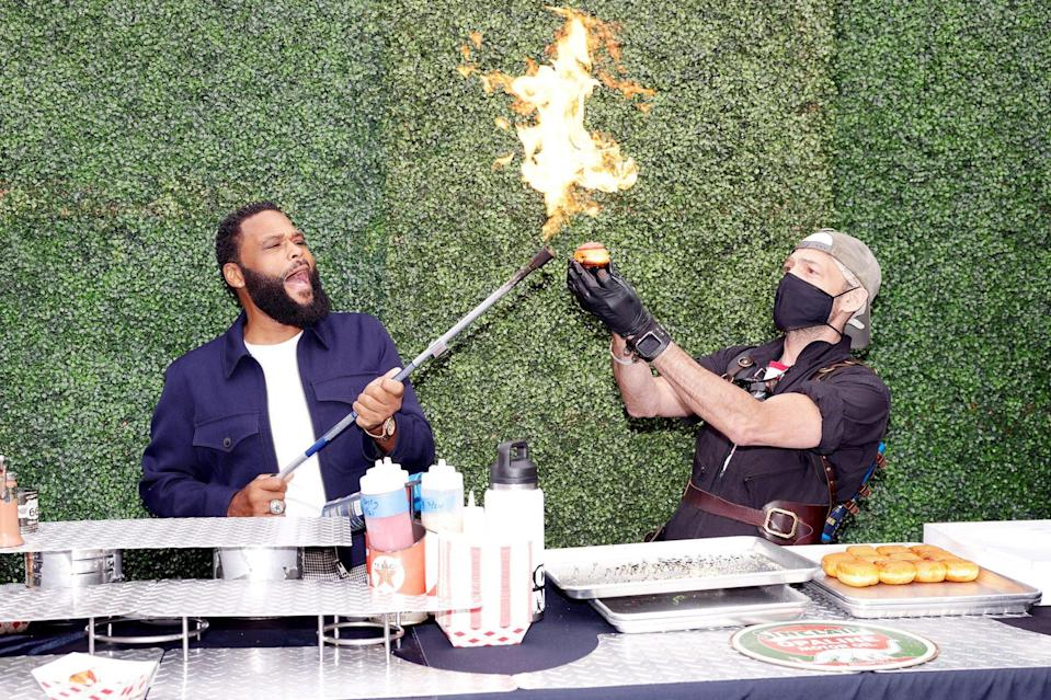 <p>Anthony Anderson gets fired up at the EON Mist Sanitizer Pre-Oscars Lounge presented by GBK Brand Bar at La Peer Hotel in L.A. on Thursday. </p>