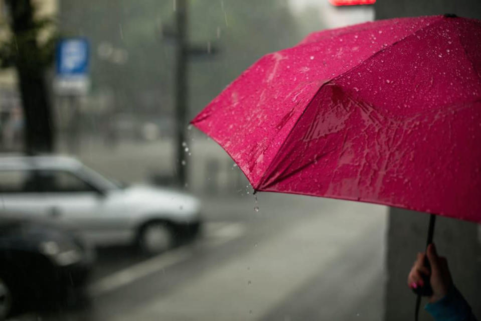 Soaking rain spreads into parts of Ontario, Quebec, cooler pattern takes hold