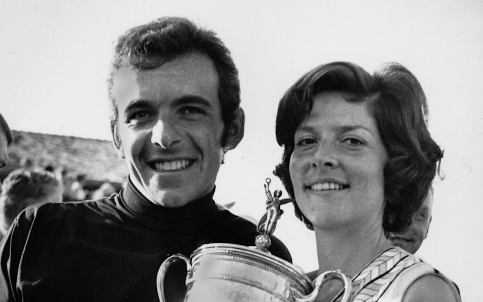 Tony Jacklin and his wife, Vivien, pose with his trophy at the Hazeltine National Golf Club - AP