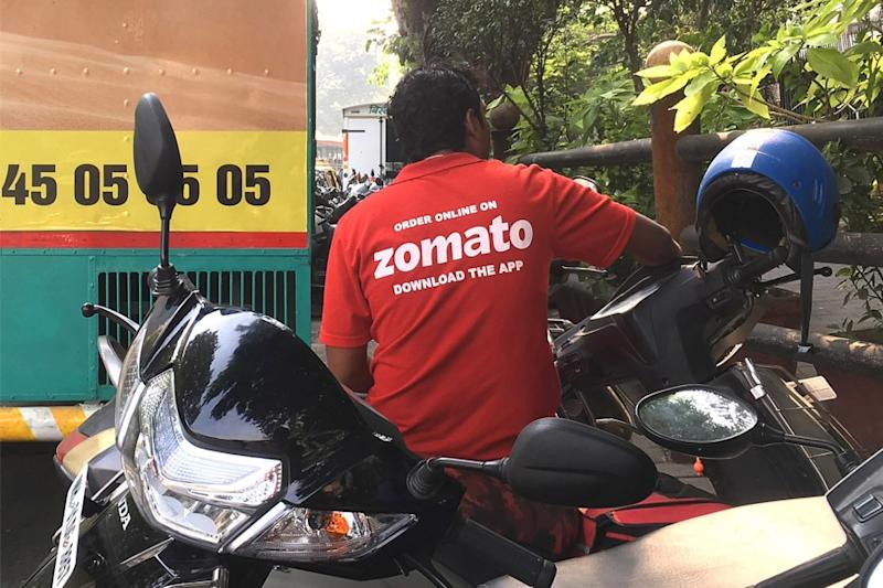 'Ready to Starve': Zomato Employees Burn Company T-shirts to Protest Against Galwan Valley Clashes