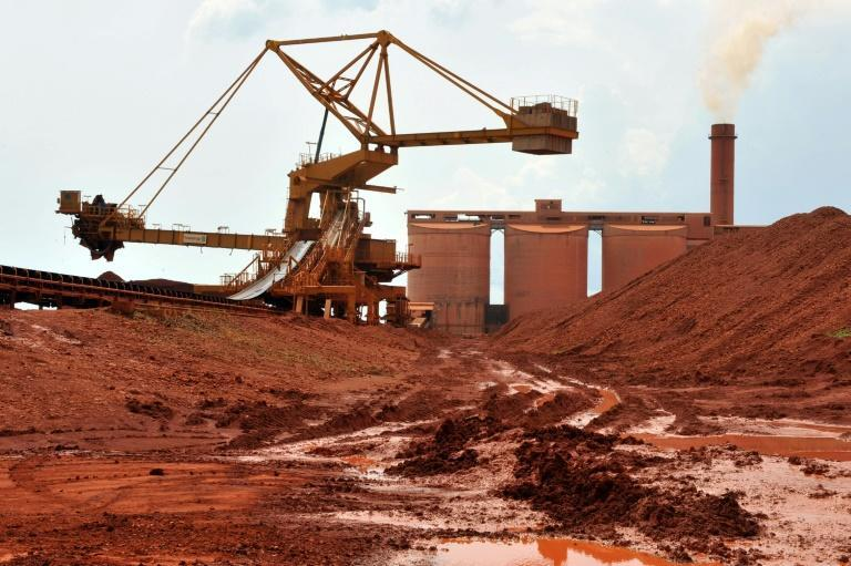 Guinea has vast reserves of bauxite, the raw material for aluminium (AFP/GEORGES GOBET)