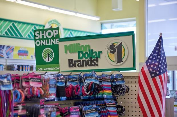 Can Growth Initiatives Aid Dollar Tree Counter Cost Turmoil