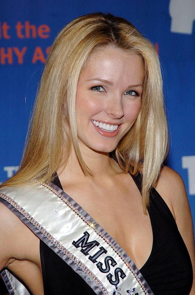"Shandi Finnessey - During the most watched Miss USA competition in six years,  Shandi Finnessey was crowned Miss USA in 2004. She is the host of two game shows on the Game Show Network ""Lingo"" with Chuck Woolery and ""Playmania."" Newcomer Brian Fortuna will be her professional dance partner."