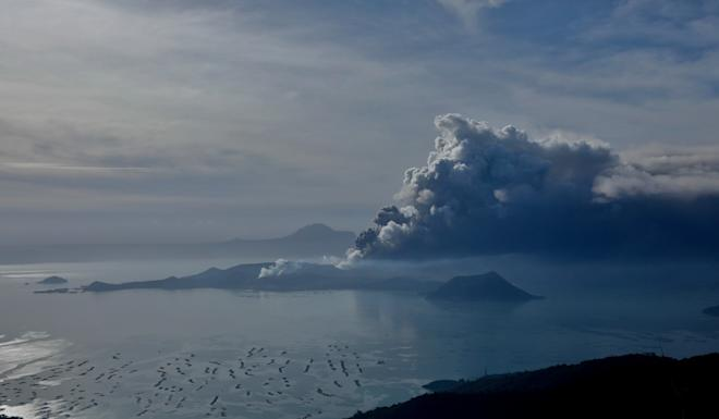 The erupting Taal Volcano is seen from Tagaytay, Philippines. Photo: Eloisa Lopez