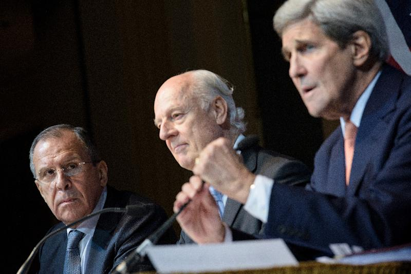 Russian Foreign Minister Sergei Lavrov (L), UN Syrian envoy Staffan de Mistura (C) and US Secretary of State John Kerry (pictured October 30, 2015 in Vienna) will continue to push towards an agenda for peace in Syria in New York on December 18 (AFP Photo/Brendan Smialowski)