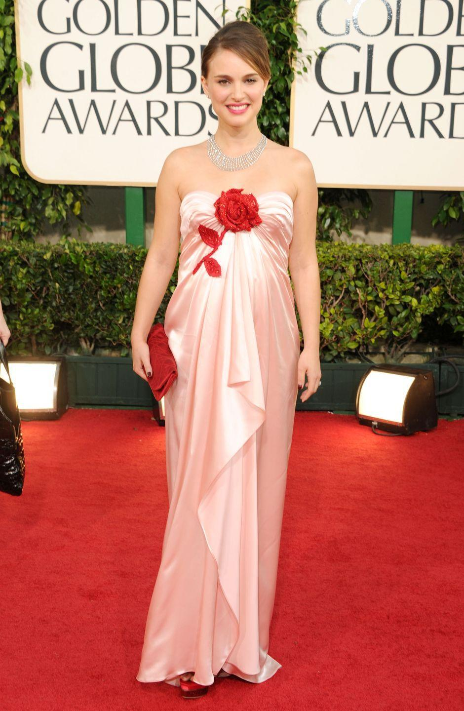<p>Entering into the second decade of the 21st century, maternity style took a turn for the romantic. Long, flowing, feminine gowns were a favorite amongst pregnant A-listers, like Natalie Portman.</p>