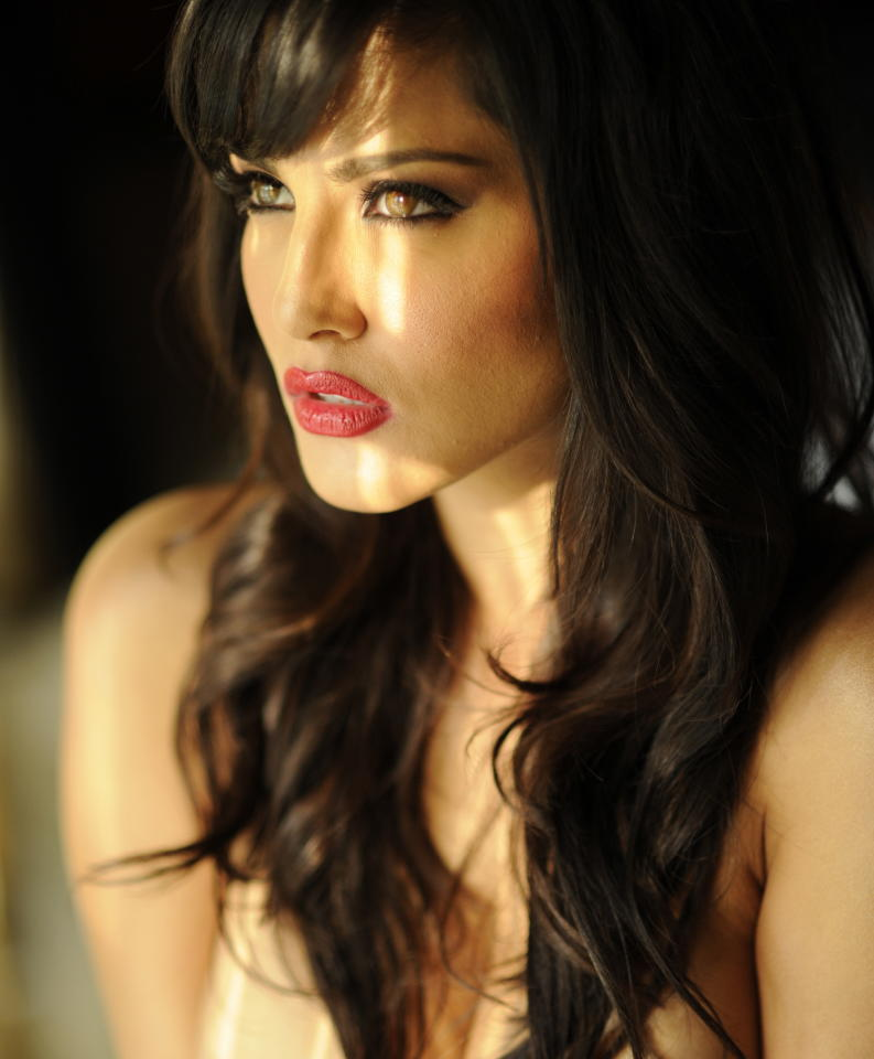 After rumours of Mike Tyson making it on Bigg Boss, the international sensation who will actually grace the reality show with her presence, is none other than celebrated porn star, Sunny Leone, whose real name is Karen Malhotra