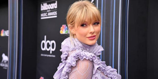 Taylor Swift Opens Up About How She Became Comfortable With Her Height