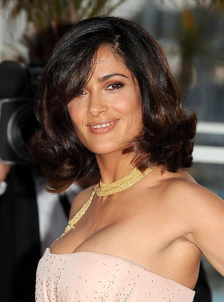 """Salma Hayek is no """"Ugly Betty,"""" thanks to the 43-year-old's beautifully-shaped brows and her sparkling skin. Ian Gavan/<a href=""""http://www.gettyimages.com/"""" target=""""new"""">GettyImages.com</a> - May 23, 2010"""