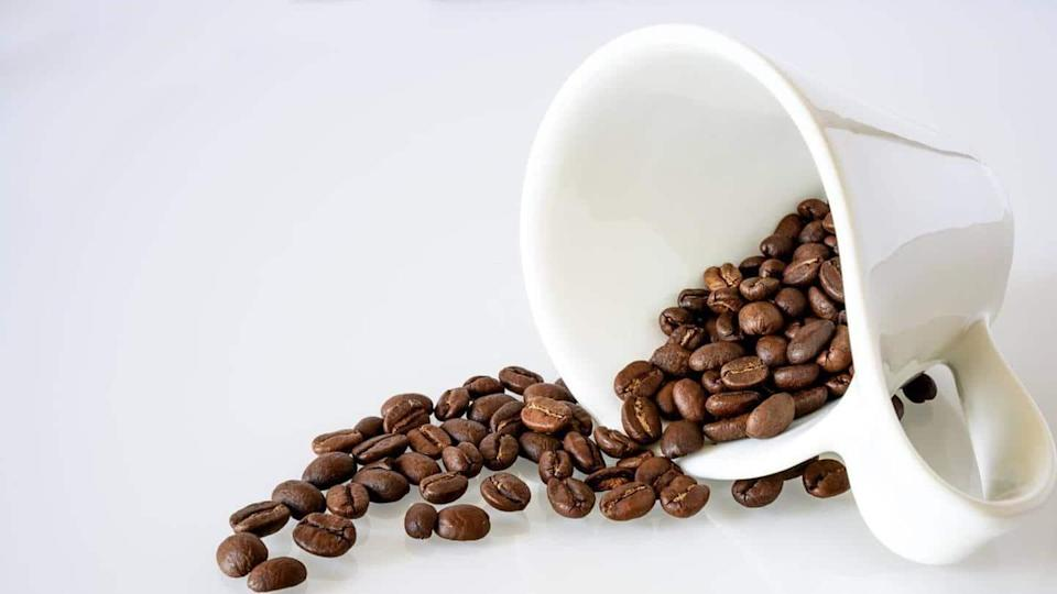 Topical application of coffee can benefit the hair: Here
