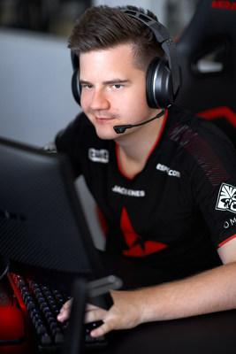 Turtle Beach's all-new Elite Atlas Aero, the ultimate wireless gaming headset for PC gamers and streamers, being worn by Astralis' Peter