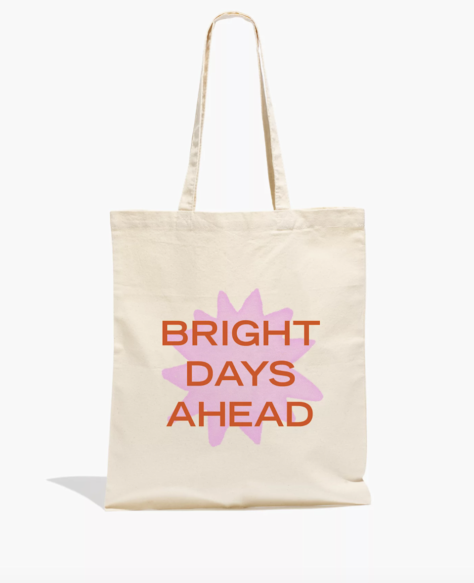 "<br><br><strong>grl & co.</strong> Bright Days Ahead Reusable Canvas Tote Bag, $, available at <a href=""https://go.skimresources.com/?id=30283X879131&url=https%3A%2F%2Fwww.madewell.com%2Fgrl-amp%253B-co.-bright-days-ahead-reusable-canvas-tote-bag-M5476.html%3Fcolor%3DEC7241"" rel=""nofollow noopener"" target=""_blank"" data-ylk=""slk:Madewell"" class=""link rapid-noclick-resp"">Madewell</a>"
