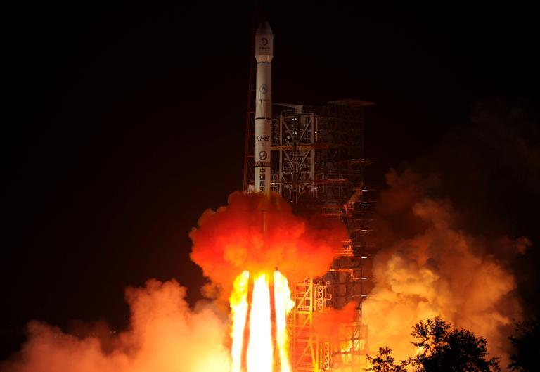 The Chang'e-3 rocket carrying the Jade Rabbit rover blasts off, from the Xichang Satellite Launch Center in the southwest province of Sichuan on December 2, 2013