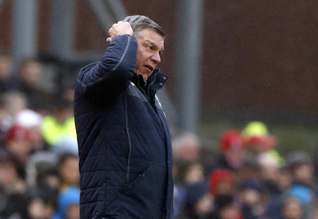 <p>Crystal Palace manager Sam Allardyce shows his frustration</p>