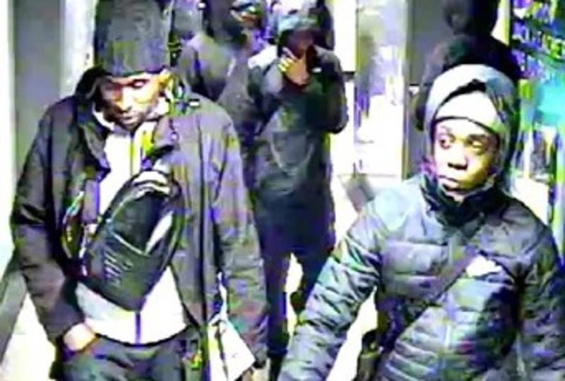 A man aged 20 was ambushed by suspects on the Central line (BTP)
