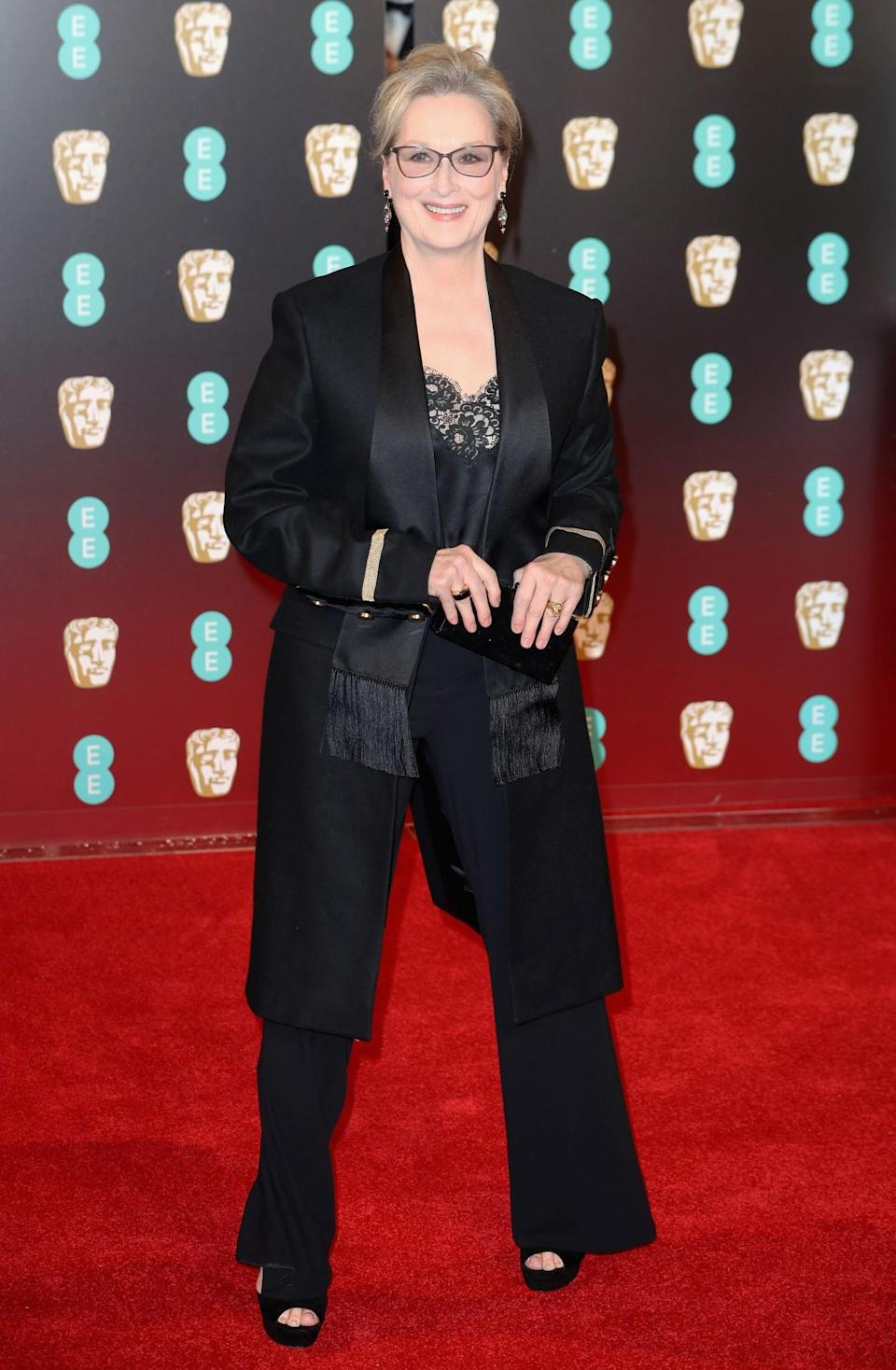 <p>Meryl's satin Givenchy suit was a real style hit. <i>[Photo: Getty]</i> </p>