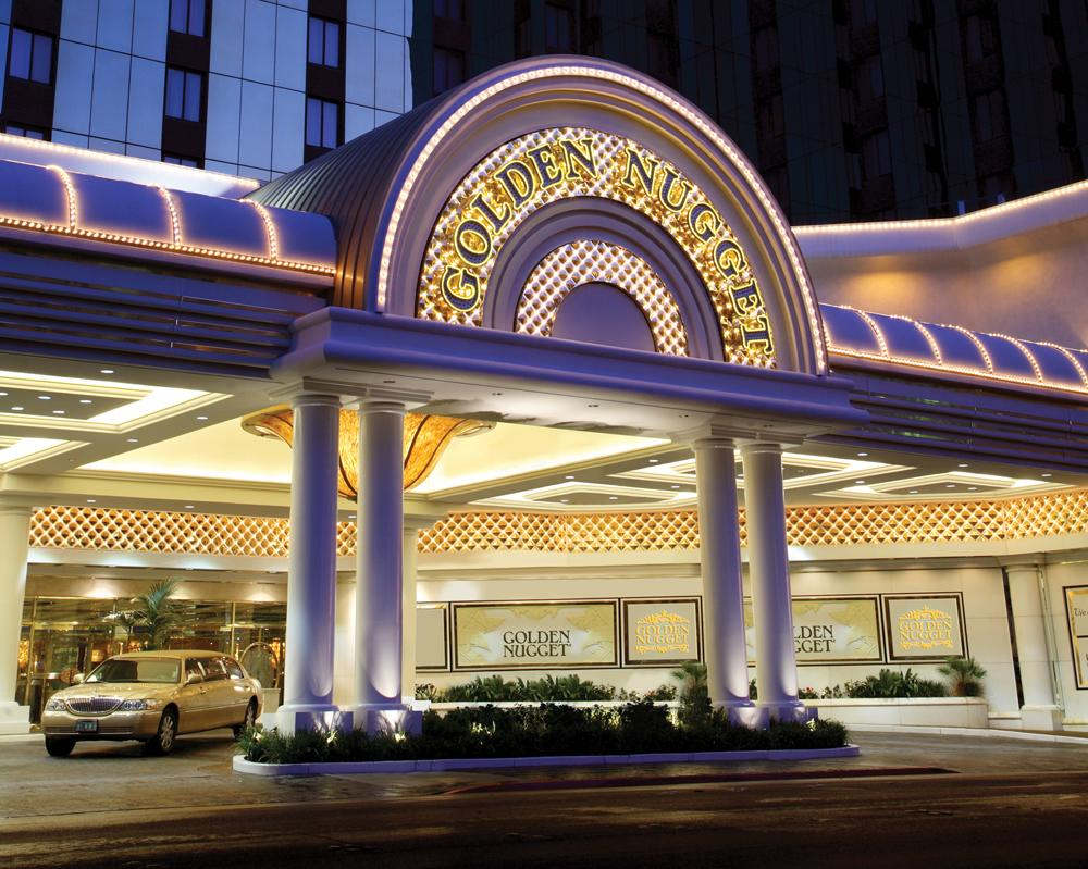 No wonder this Las Vegas resort stands out: With 2,345 rooms, it's the largest on the Strip. And with quantity this hotel also brings high standards—boasting the AAA four-diamond rating 35 years in a row. So save your gambling for the casino floor.