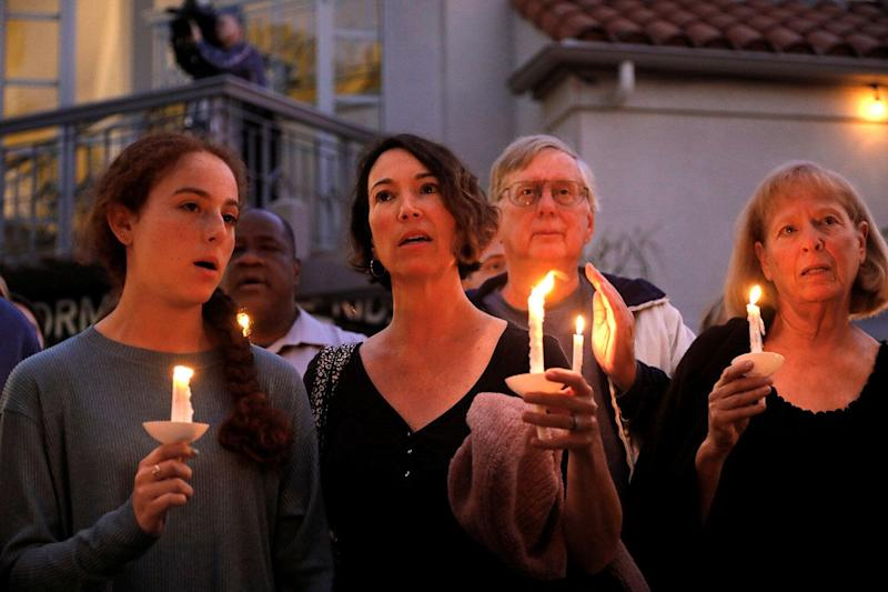A candlelight vigil is held at Rancho Bernardo Community Presbyterian Church for victims of a shooting incident at the Congregation Chabad synagogue in Poway, north of San Diego, April 27, 2019. (Photo: John Gastaldo/Reuters)
